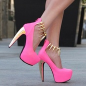 shoes,high heels,pink high heels,gold,gold high heels,rhinestones,spikes,gold spikes,pink,heels,pink and gold,platform shoes,pumps,girly,ashley tisdale,fab,neon pink,hot pink high heels,5 inch,gold heel,pink and gold heels,pink heels,pink and gold chain,hot,prom,prom dress,accessories,mini dress,prom shoes,glitter,black heels,pink dress,pretty,bag