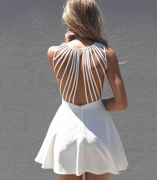 dress white summer summer dress white dress strappy dress flared bag open back boho white dress with string backing classic white cut out dress sabo dos nu beau été strappy white backless dress white cut out dress cute back straps open back dresses beautiful cute dress tumblr tumblr girl