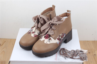 shoes boots floral lace up brown beige flowers casual trendy fashion style oxfords