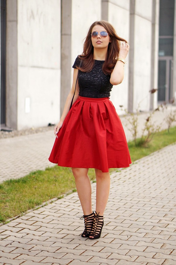a piece of anna skirt shoes blouse