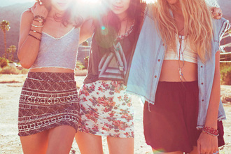 skirt clothes floral crop tops shirt t-shirt summer girls flowers stripes cute aztec tank top me laura alyssa triangle cute mosaic