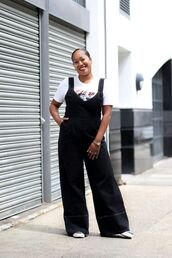jumpsuit,top,black jumpsuit,overalls,black overalls,shoes,white top