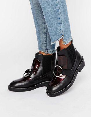 4faf40289a5050 ASOS – ANTOS – Chelsea-Ankle-Boots aus Leder at asos.com