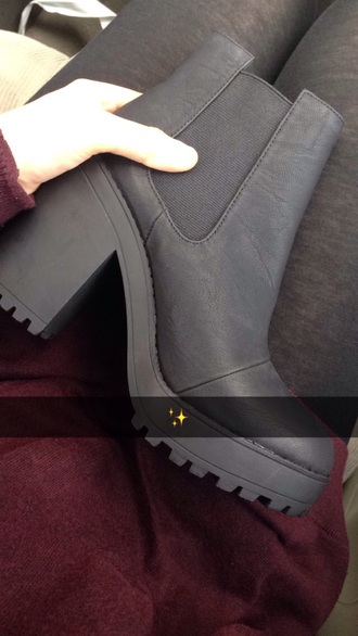 shoes boots black black boots rad tumblr dark style fashion tumblr shoes
