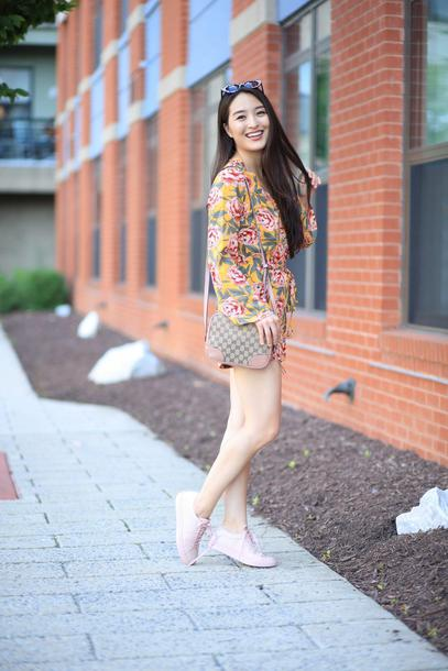 sensible stylista blogger romper bag shoes sunglasses