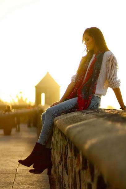 marilyn's closet blog jeans shoes bag scarf sunglasses jewels