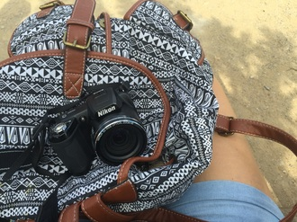 bag backpack colorblock black and white photography nikon