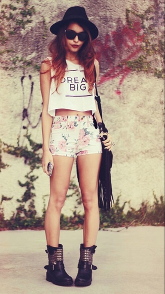 shirt dream big graphic tee flowered shorts hat bag muscle tank muscle tee fringed bag red fashion shorts shoes