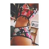swimwear,onesie,floral,checkered,tymetheinfamous,bikini bottoms,bikini,bikini top,floral swimwear,beautiful,sexy,top,colorful,crop tops,high waisted,bottoms,black,cute