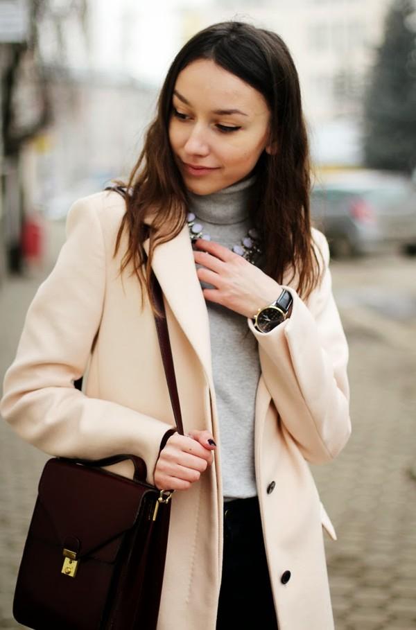 the fashion cuisine coat jeans jewels shoes bag