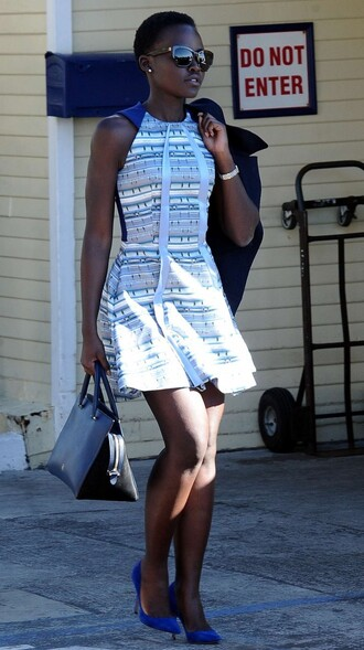dress summer outfits lupita nyong'o pumps blue dress romper