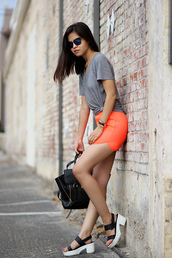 fake leather,t-shirt,skirt,bag,shoes,sunglasses,jewels,platform sandals