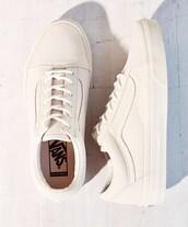 shoes,beige vans,old skool vans,vans,old skool,sneakers