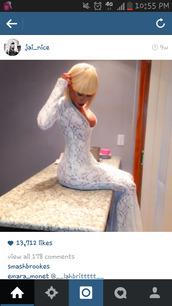 dress,white,lace,mermaid prom dress,mermaid skirt,lowcut,v neck