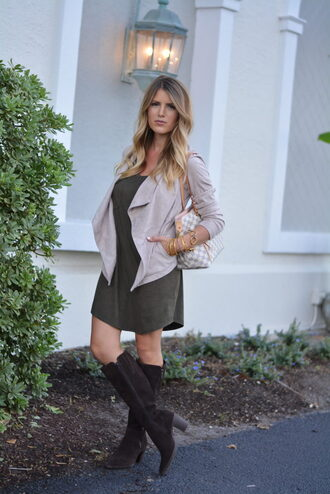 lipstickheels&ababy blogger shoes dress jacket jewels make-up boots mini dress louis vuitton bag fall outfits