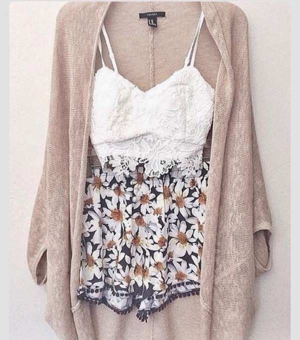 flowy flowered shorts daisy pattern casual top shorts cardigan