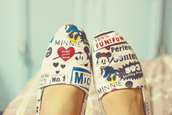 shoes,mickey mouse,disney,cartoon,slippers,minnie mouse,beige,heart,canvas shoes