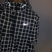 black jacket,nike,jacket,nike windbreaker,plaid,windbreaker,black