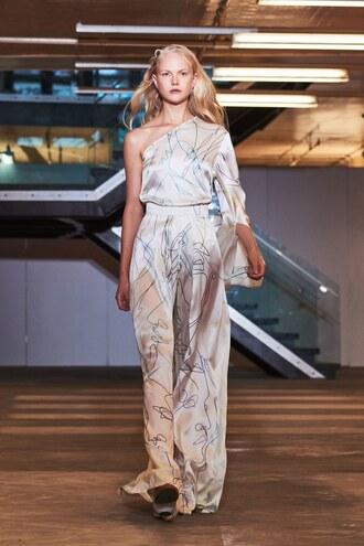 jumpsuit pants wide-leg pants top asymmetrical asymmetrical top one shoulder nyfw 2017 ny fashion week 2017 solace london