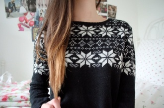 sweater winter sweater pullover jumper black and white pattern snowflake brunette black white beautiful cute christmas sweater gray and white black sweater sweater weather aztec sweater white aztec snow winter outfits weheartit clothes tumblr outfit aztec christmas sweater blue and white