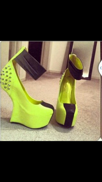 shoes spikes lime dolce and gabbana sandals platform high heels black