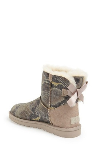 shoes boots ugg boots fall outfits cute snake print fur bows bow ribbon