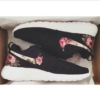 shoes nike flowered black trainers