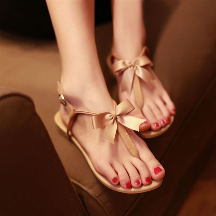 Girls 2013 cowhide flat bottom sandals angle rubber sole genuine leather comfortable bow female shoes on Aliexpress.com