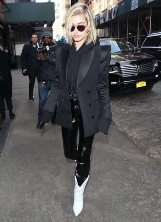 jacket blazer black blazer hailey baldwin model off-duty streetstyle ny fashion week 2018 fashion week pants hoodie cropped cropped hoodie boots sweater shoes