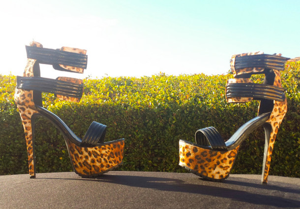 shoes heels high heels leopard print high heels stilettos stiletto shoes black and leopard
