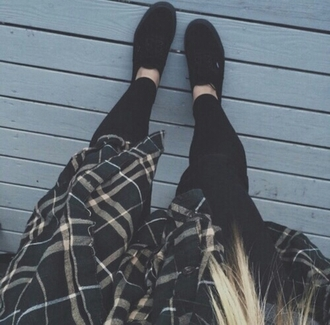 blouse flannel shirt flannel flannel top plaid all black everything leggings black leggings black vans blogger popular plaid popular blouse fashionista chill rad casual style stylish trendy fashion inspo outfit idea grunge grunge top grunge wishlist alternative tumblr tumblr girl on point clothing cardigan