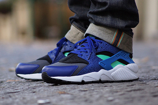 shoes huarache nike sportswear trendy blue nike air fitness