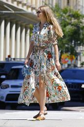 dress,midi dress,flats,gigi hadid,model off-duty,printed dress,celebrity