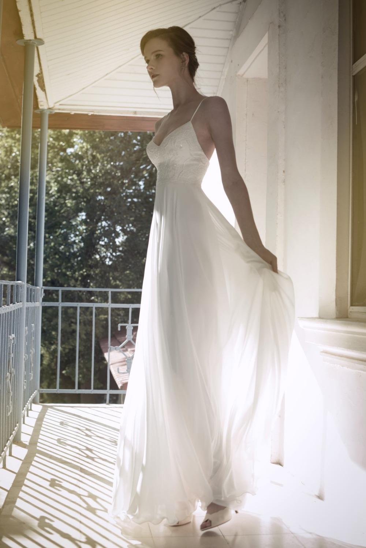Aliexpress.com : Buy White Chiffon Beach Wedding Dress Spaghetti ...