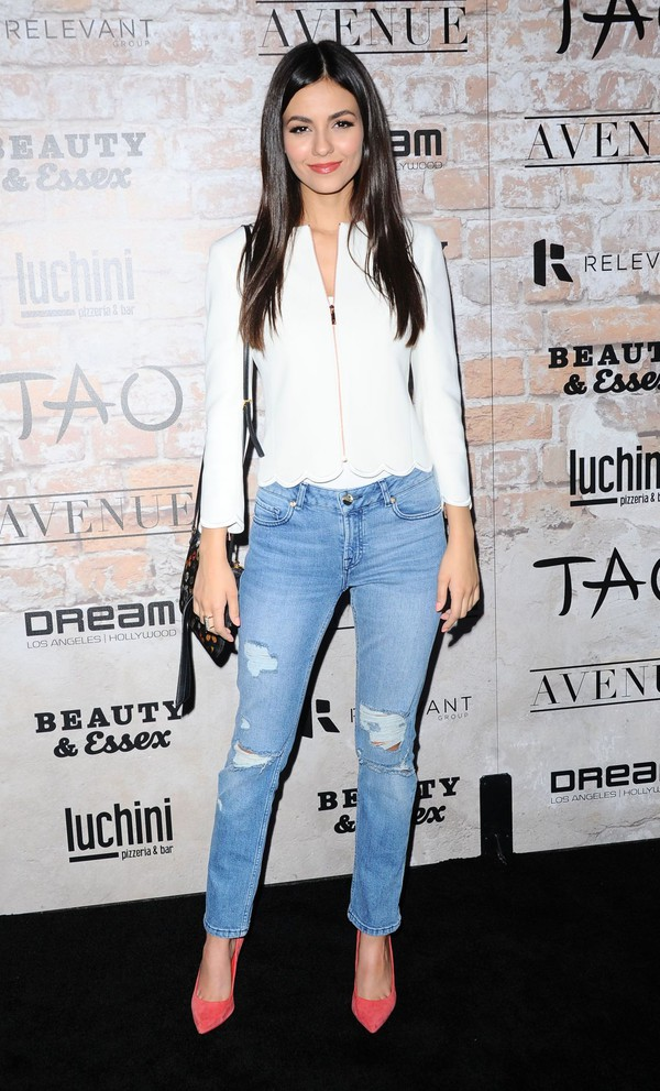 jacket jeans spring outfits pumps victoria justice