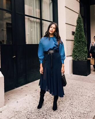 blouse tumblr all blue outfit blue top skirt midi skirt asymmetrical asymmetrical skirt boots black boots belt bag