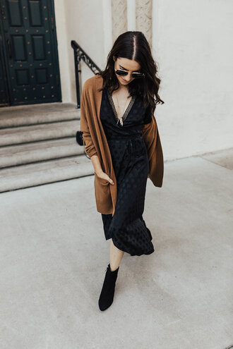 dress tumblr midi dress black midi dress fall outfits fall dress cardigan brown v neck boots black boots