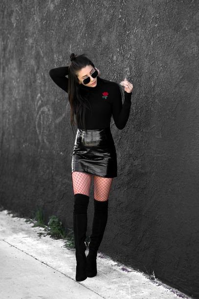 skirt sunglasses tumblr mini skirt black skirt black leather skirt leather skirt vinyl vinyl skirt boots black boots over the knee boots thigh high boots thigh highs thigh-high boots net tights tights fishnet tights top black top