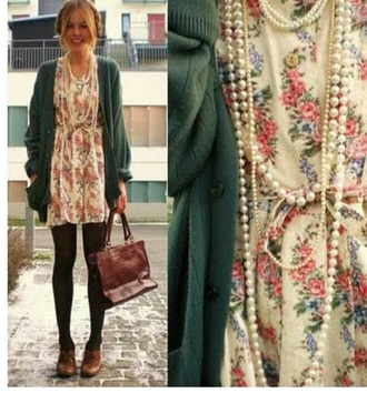 dress vintage beige pink flowers floral pink dress beige dress floral dress vintage dress retro dress retro sweater green gilet vintage pullover