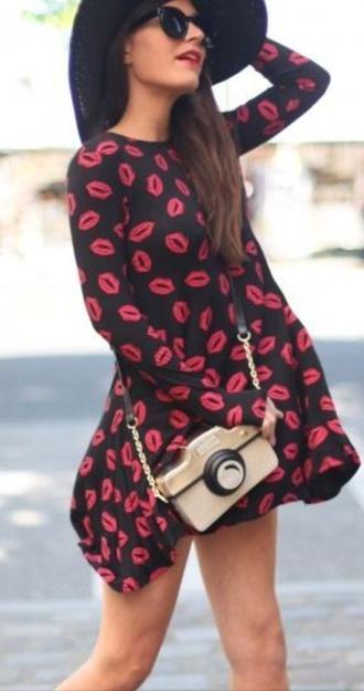 kisses long sleeve dress