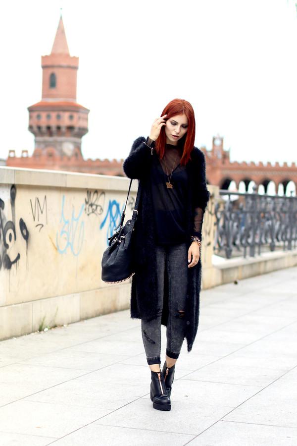 masha sedgwick bag jeans shoes cardigan shirt