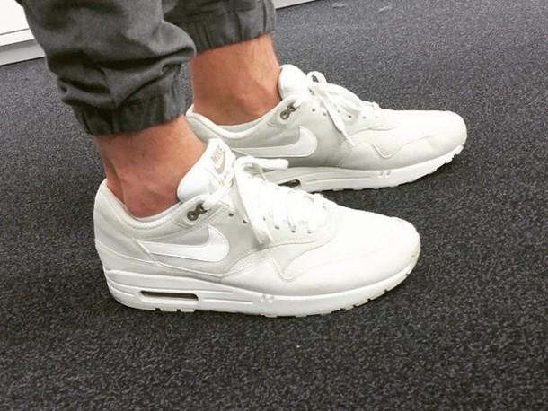 shoes nie air max white