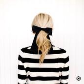 sweater,tumblr,stripes,striped sweater,hair,blonde hair,ponytail,hair bow