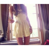 shorts,yellow jumpsuit,yellow,yellow vintage jumpsuit,jumpsuit yellow shorts onepiece,jumpsuit,ariana grande
