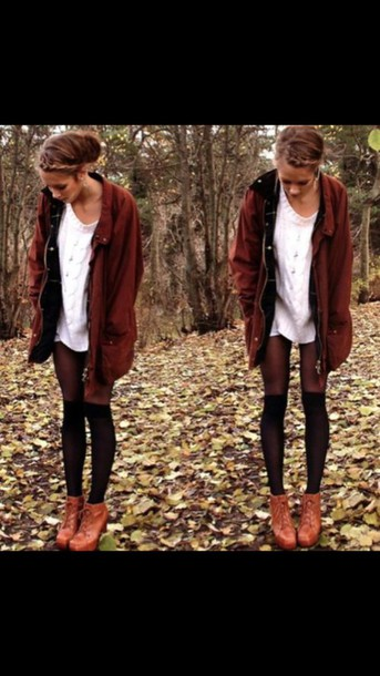 coat tights combat boots cardigan white top white t-shirt necklace