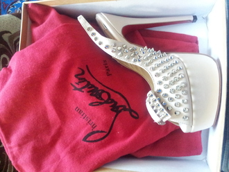 louboutin shoes price in the philippines - Bavilon Salon