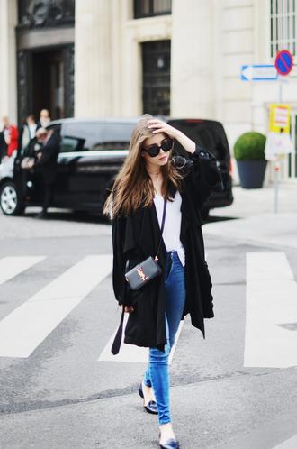 jestem kasia blogger sunglasses duster coat ysl bag ysl alexander wang black coat spring outfits jeans