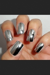 nail polish,silver,shiny,metal,nails,shiny nails,metallic nails
