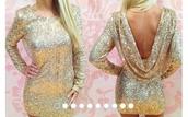 black,gold,dress,sexy,sexy dress,prom dress,gold dress,glitter dress,glitter,prom,backless prom dress,short dress,party dress,party outfits,sexy party dresses,formal dress,sexy prom dress,backless,backless dress,winter outfits,long sleeve dress,sequin dress