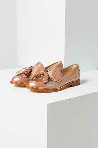 shoes loafers metallic shoes fall outfits tassel urban outfitters